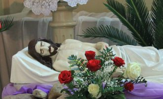 Program Adoracji w Wielki Piątek i w Wielką Sobotę