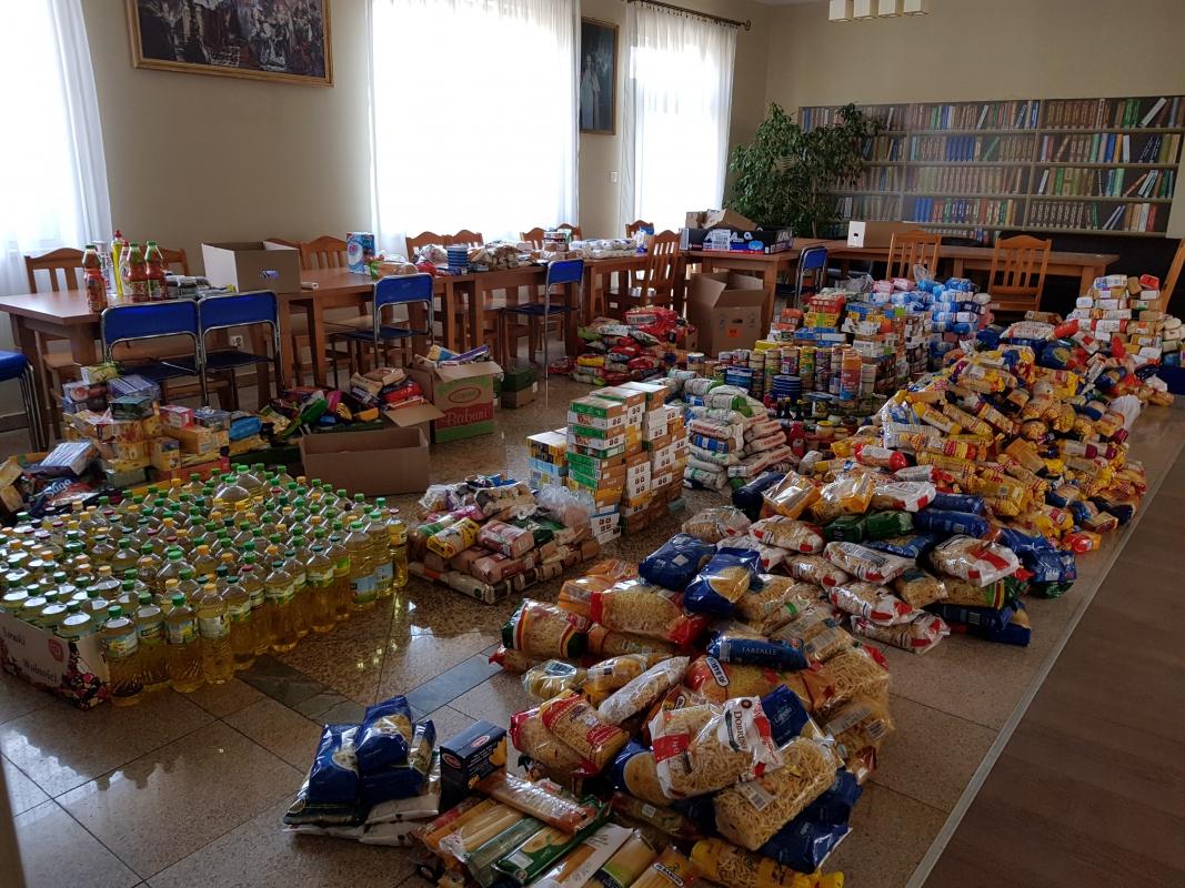 """""""TAK, Pomagam!"""" – 14. edycja ogólnopolskiej zbiórki żywności"""